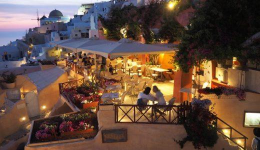 サントリーニ島で夕日の見えるレストラン 「Kastro Oia Restaurant」