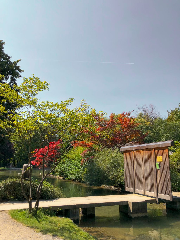 エングリッシャーガルテンの日本庭園