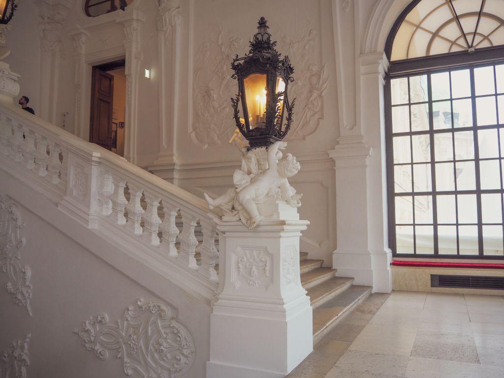ベルヴェデーレ宮殿の階段