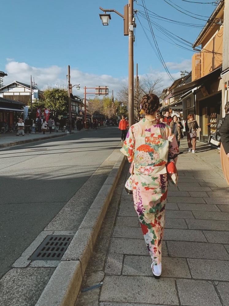 着物で京都嵐山
