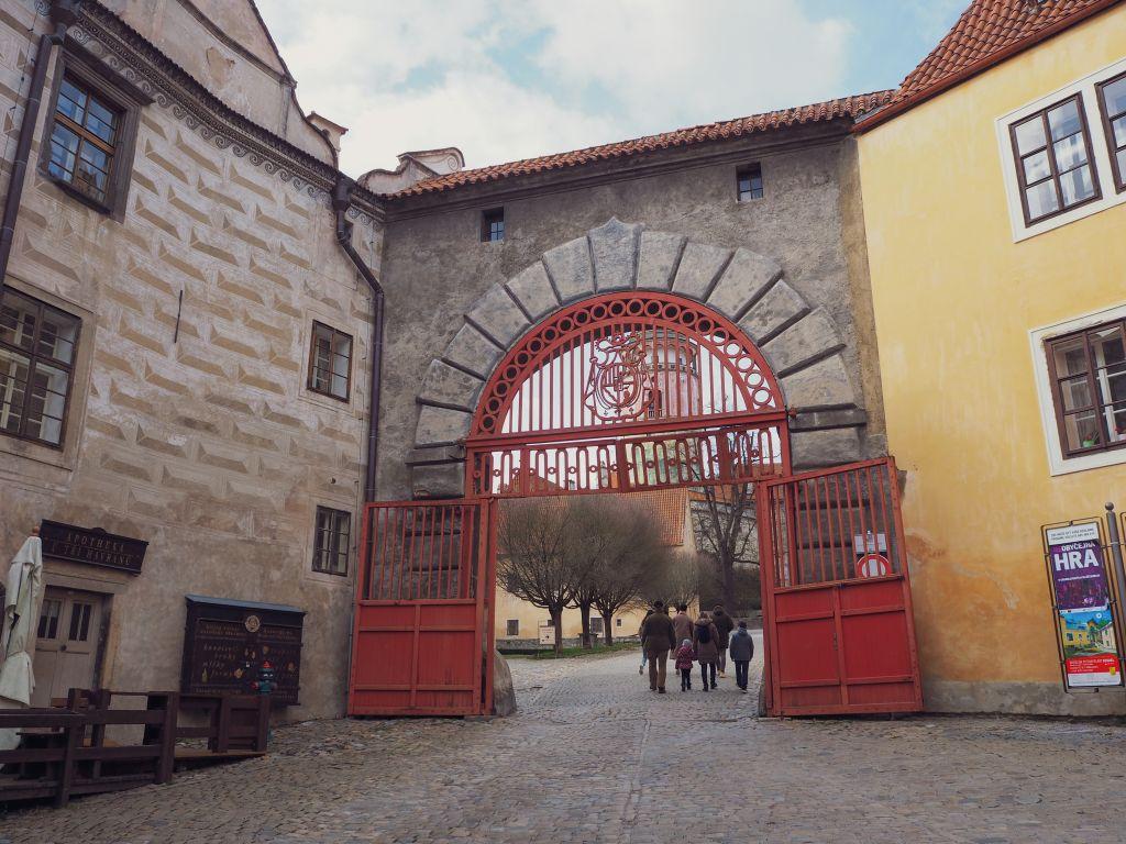 チェスキークルムロフ城の入口