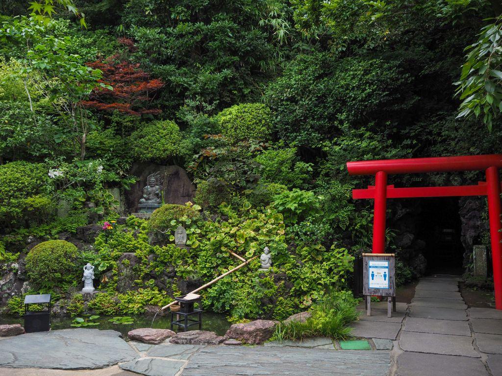 長谷寺の洞窟